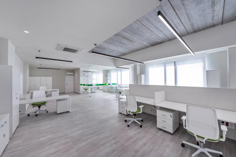 oficinas-fotografía-corporativa-Alcoy-Luis-Hernandez-foto